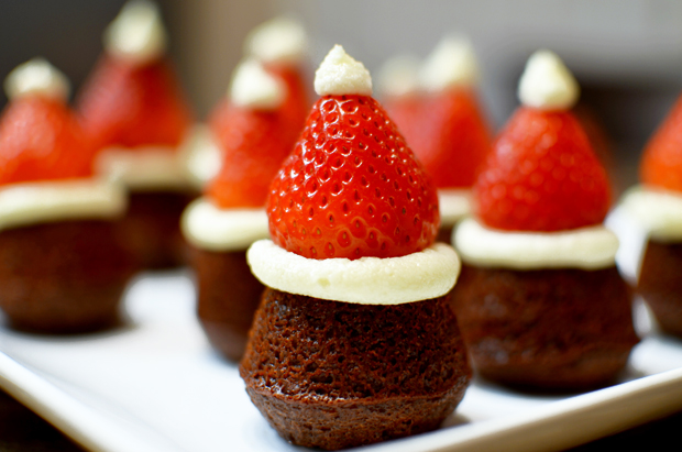 Cute & Easy Mini Santa Hat Brownies