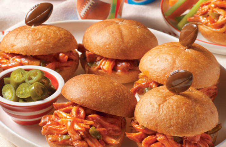 Game Day Snacks- Slow Cooker Pulled Chicken Sandwiches