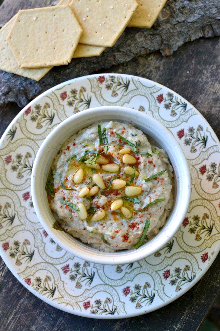 Baba Ganoush - A Middle Eastern Eggplant Dip - PictureTheRecipe