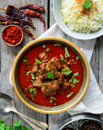Rogan Josh (Mutton/Lamb in a Kashmiri chilli pepper gravy)